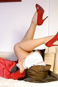 Kelly Dee Teases On The Couch Pulls Off Her Red Dress