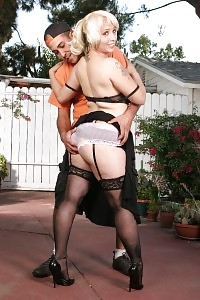 Milf Sophia Mounds Accepts Her Long Sleeved Top Stripping Her Breathtaking Lingerie To Treat A Boy